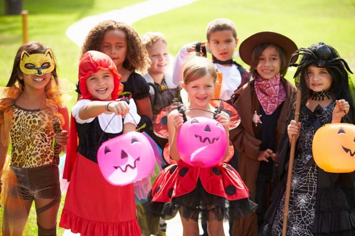 halloween-für-kinder-interessantes-foto-viele-farben