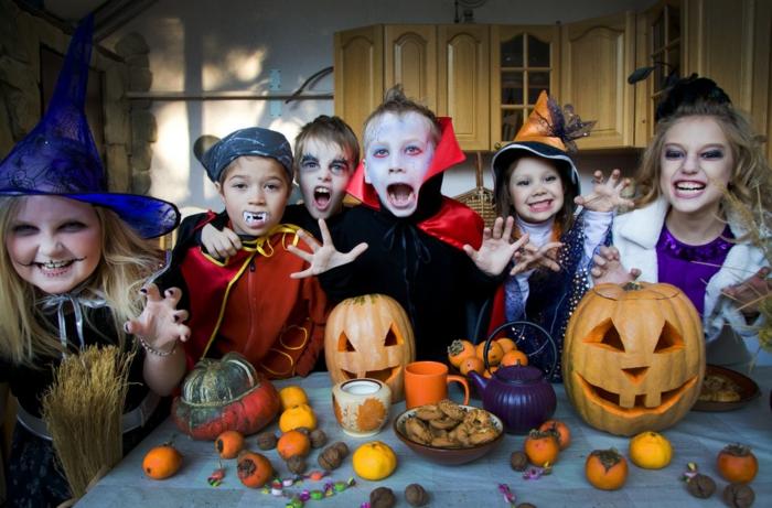 halloween-für-kinder-kürbisse-und-kinder