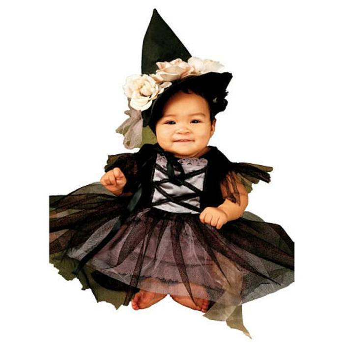 halloween-für-kinder-kleines-schönes-schwarzes-kostüm-für-mädchen