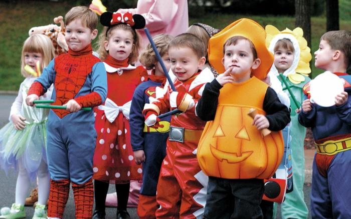 halloween-für-kinder-sehr-interessantes-foto