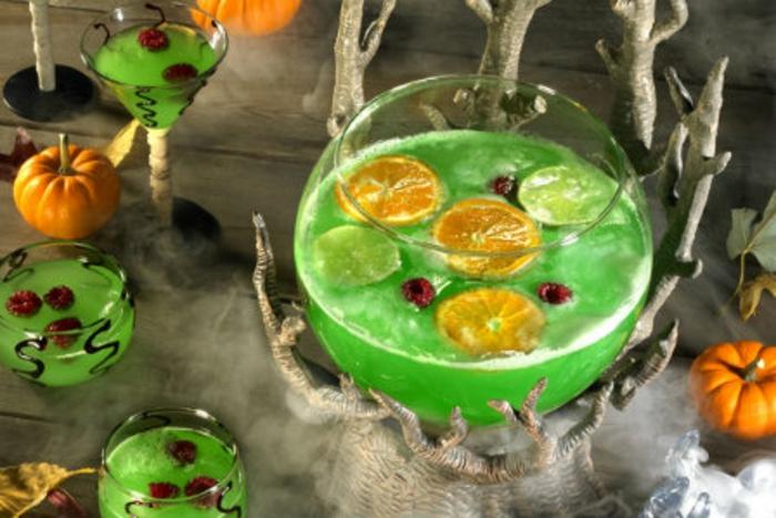 halloween-getränke-schöne-grüne-flüssigkeit