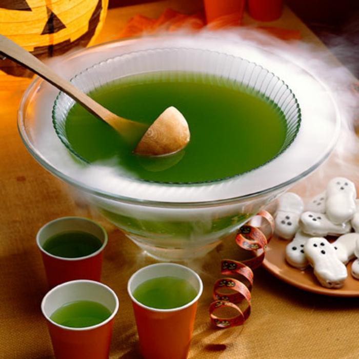 halloween-getränke-tolle-idee-grünes-getränk