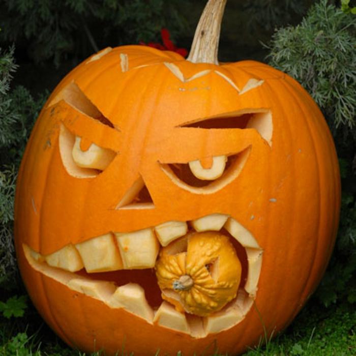 halloween-kürbisse-interessantes-modell