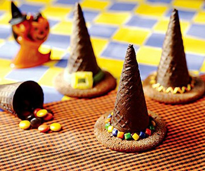 halloween-süßigkeiten-hexen-hüte