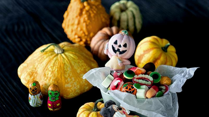 halloween-süßigkeiten-kürbisse