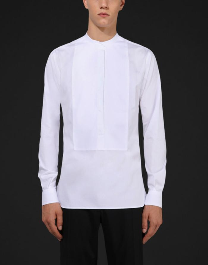 hemd-ohne-kragen-schwarzer-hintergrund