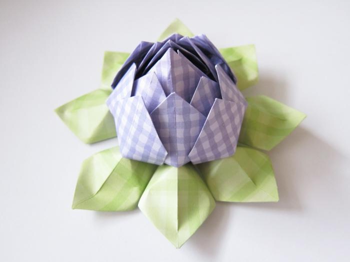 herrliche-origami-blume-grün-lila-schönes-Design-kreativ-romantisch