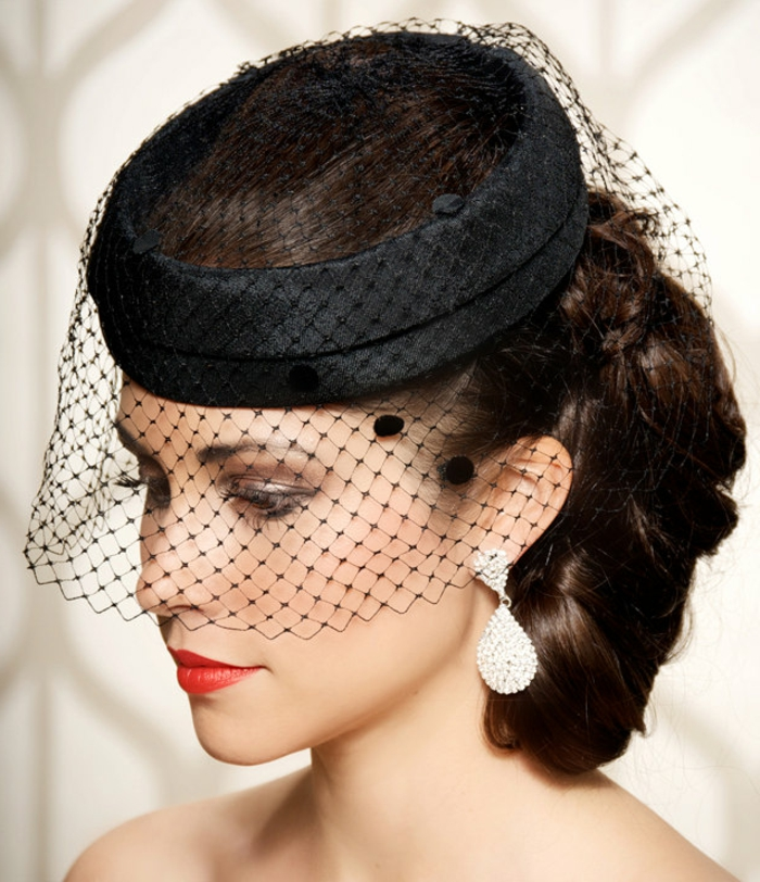 hut-mit-schleier-schwarzes-modell-elegant-und-erstklassig-erscheinen