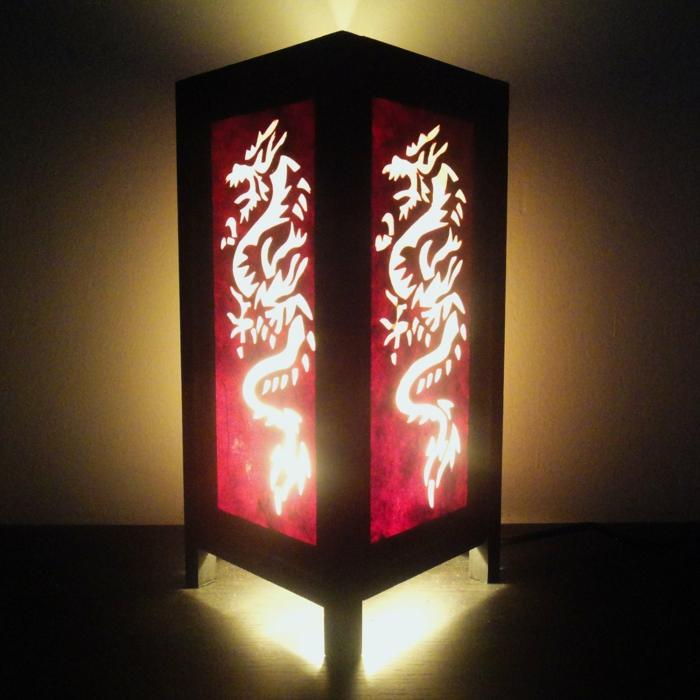 japanische-Lampe-asiatische-Motive-Drachen-Zeichnung-zen-exotisch