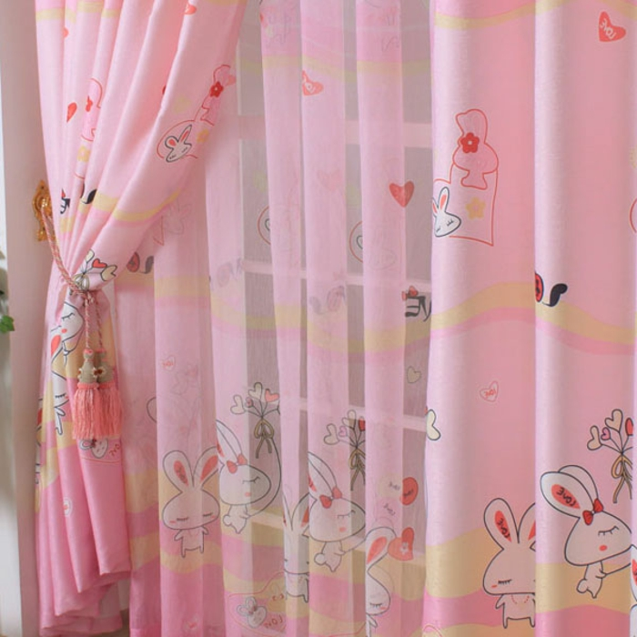 kinder gardinen-super-schick-in-rosa-farbe-mädchen-kinderzimmer-einrichten