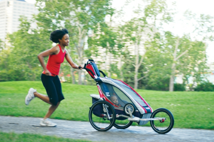 kinderwagen-zum-joggen-lustiges-foto