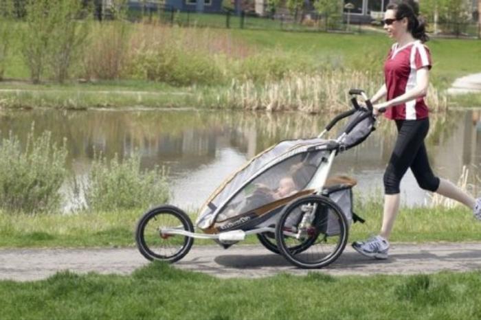 kinderwagen zum joggen spa f r mutti und f rs baby. Black Bedroom Furniture Sets. Home Design Ideas