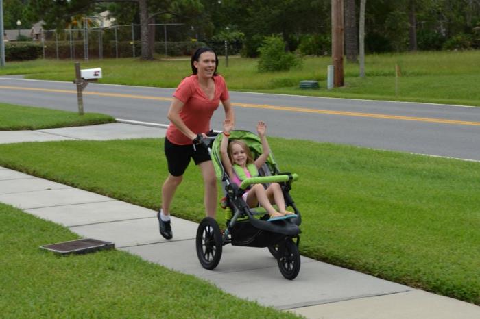 kinderwagen zum joggen spa f r mutti und f rs baby