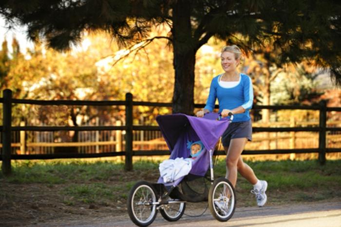 kinderwagen-zum-joggen-verblüffende-idee-für-sport