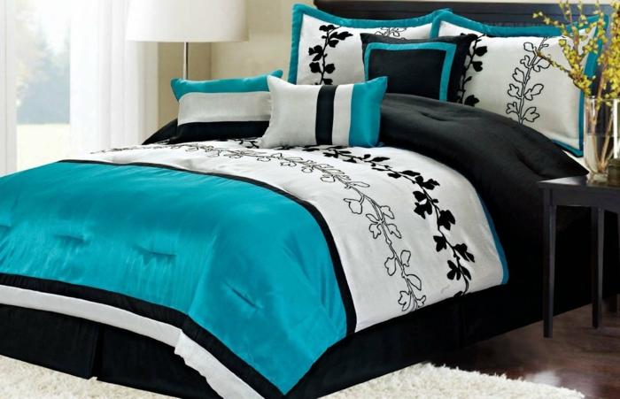 kissen in t rkis farbe f r eine kreative gestaltung. Black Bedroom Furniture Sets. Home Design Ideas