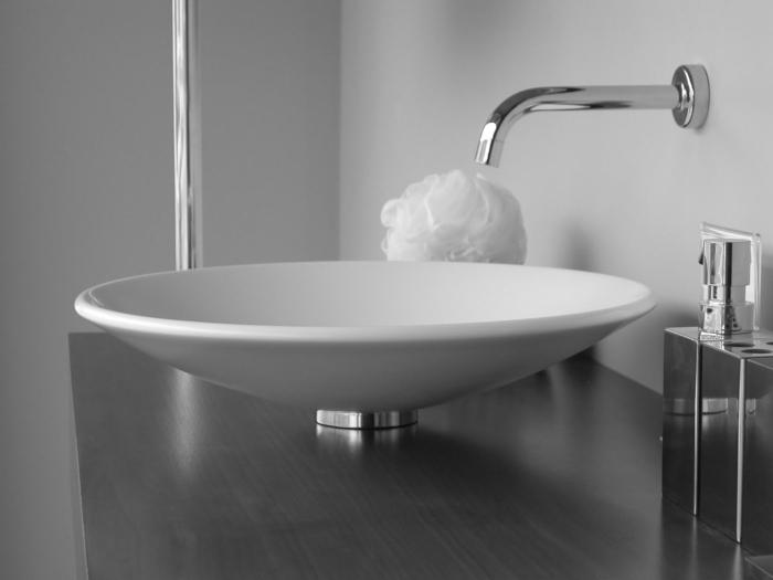 kleine-waschbecken-elegante-ausstattung