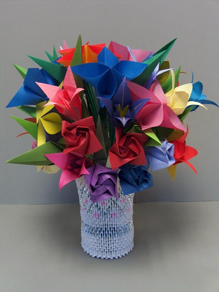 kreative-Vase-Blumen-origami-kunst-handgemacht