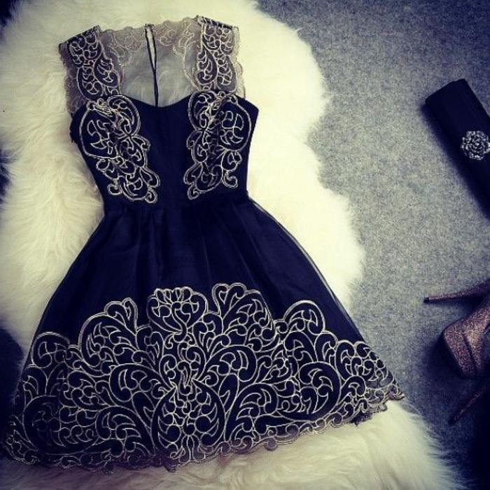 kurze-abendkleider-elegantes-modell-in-schwarz
