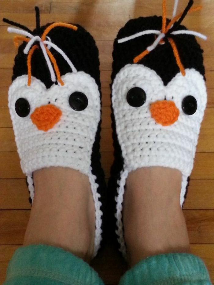 lustige-Damen-Hausschuhe-Pinguin-Muster