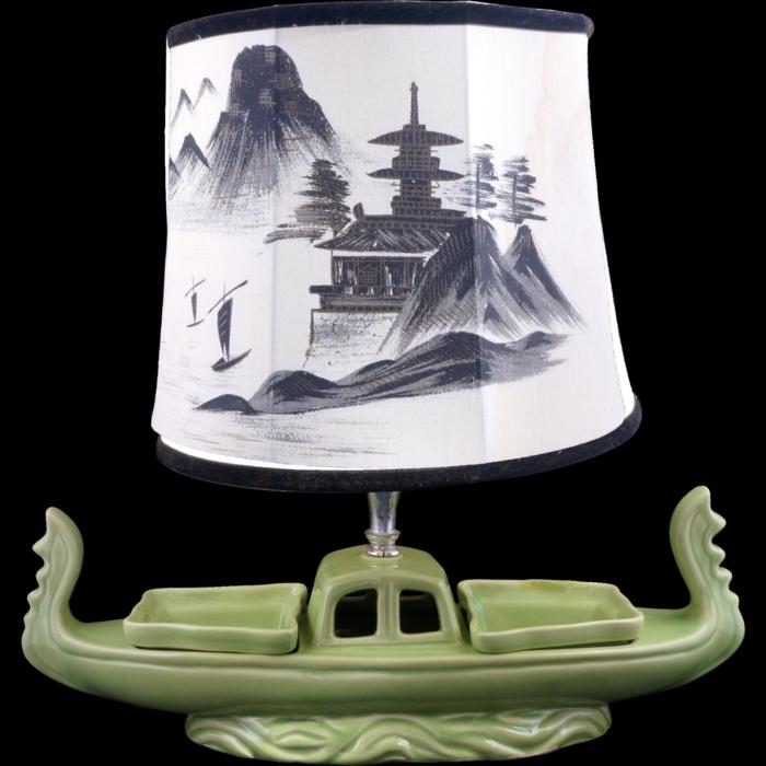 orientalische-Lampe-Porzellan-grünes-Boot-asiatische-Kunst