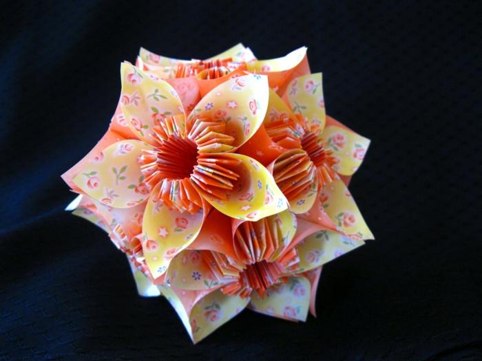 origami-Ball-Papierblumen-gelb-orange-einmalige-Form