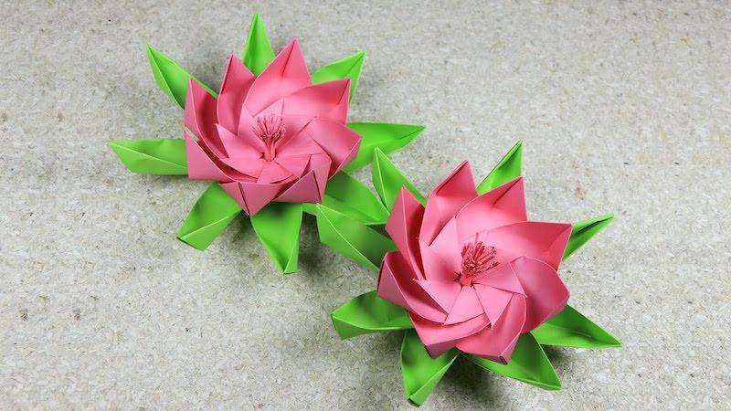 origami blume flach zwei lotus blumen in rosa und grün