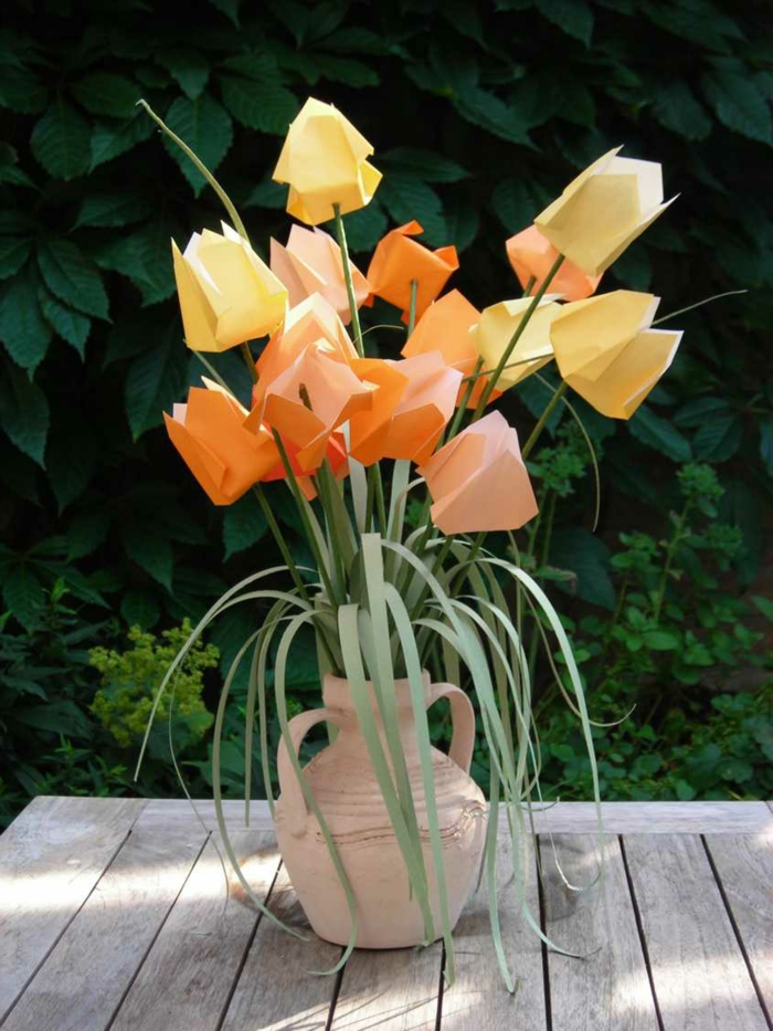 origami-tulpen-gelb-orange-Papier-kreative-Idee