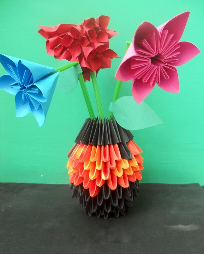 origami-vase-blumen-bunt-kreativ-handgemacht