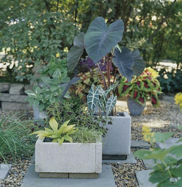 pflanzkübel-aus-beton-coole-natur