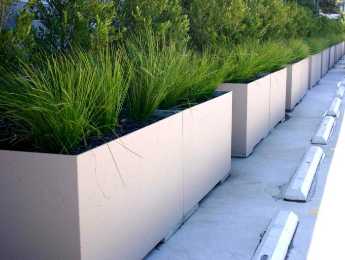 pflanzkübel-aus-beton-exterieur
