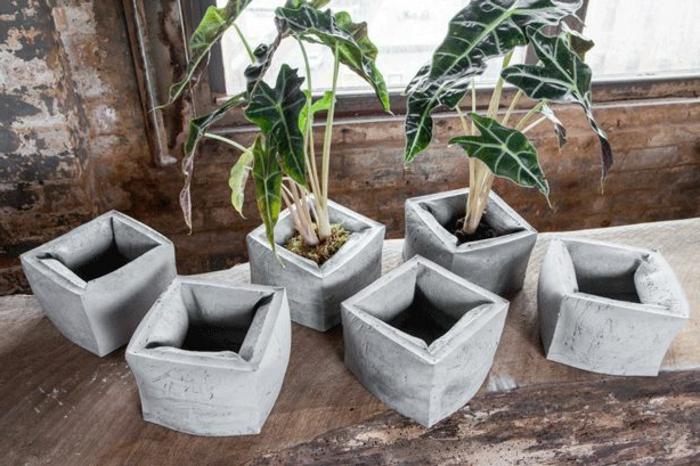 pflanzkübel-aus-beton-interessante-designs