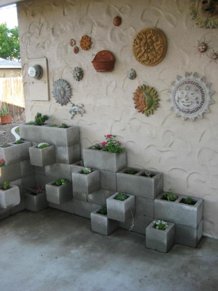 pflanzkübel-aus-beton-originelle-außengestaltung