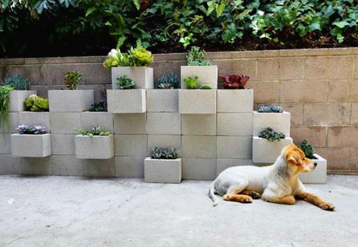 pflanzkübel-aus-beton-originelle-gestaltung-außen