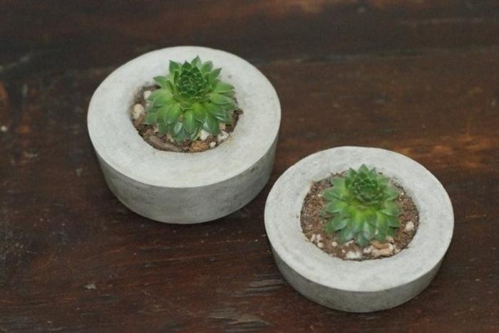 pflanzkübel-aus-beton-zwei-super-modelle