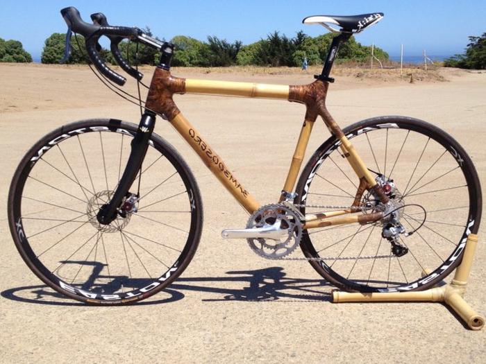 retro-Fahrrad-Sportsmodell-Bambus-Rahmen