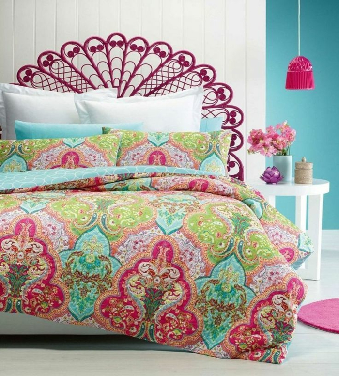 romantisches-Schlafzimmer-süße-Dekoration-Bettwäsche-Boho-Stil