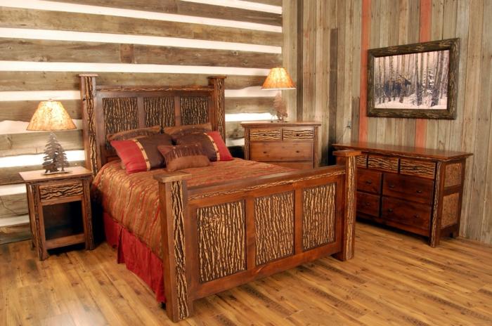 rustikales-Schlafzimmer-moderne-Landhausmöbel-großes-Bett-Kommoden-Nachttisch-Holz-Bild-Waldmotive-interessante-Machttischlampen