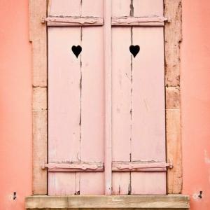 Die Fensterläden - die romantische Bekleidung der Fenster