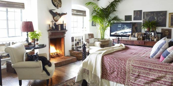 schlafzimmer-gemütlich-gestalten-viele-dekorationen