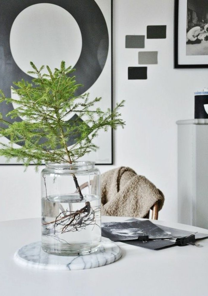 schlichte-weihnachtliche-Tischdeko-Einmachglas-Erlenzweige