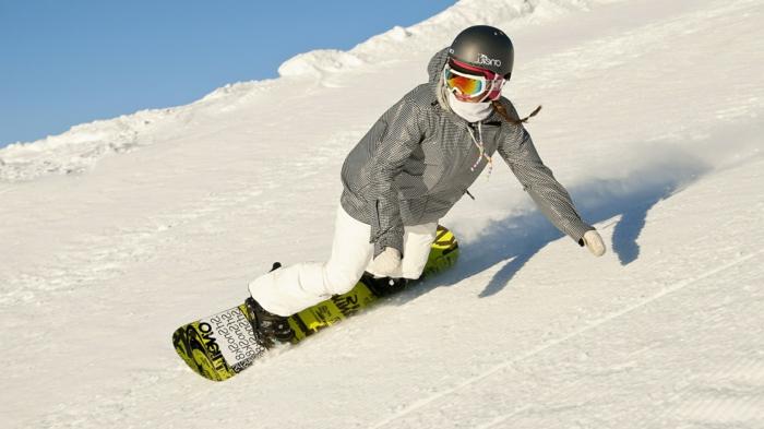 snowboard-wallpaper-schneehöhen-überall