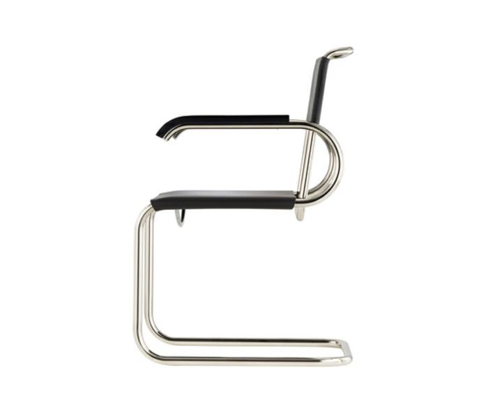 stühle-mit-ablehne-interessantes-elegantes-modell