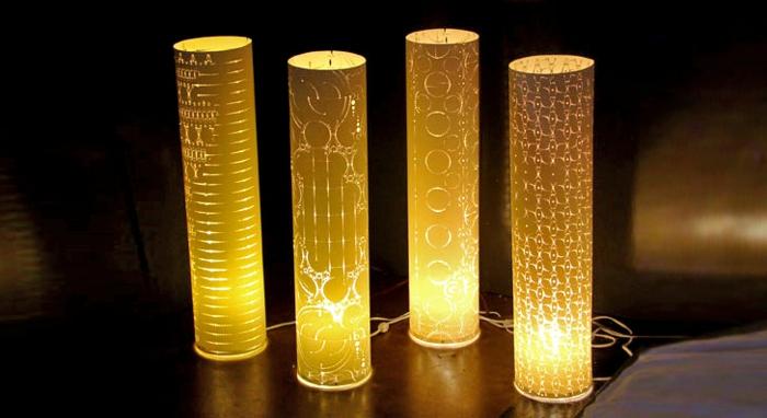 stehlampe-aus-papier-vier-schöne-stücke