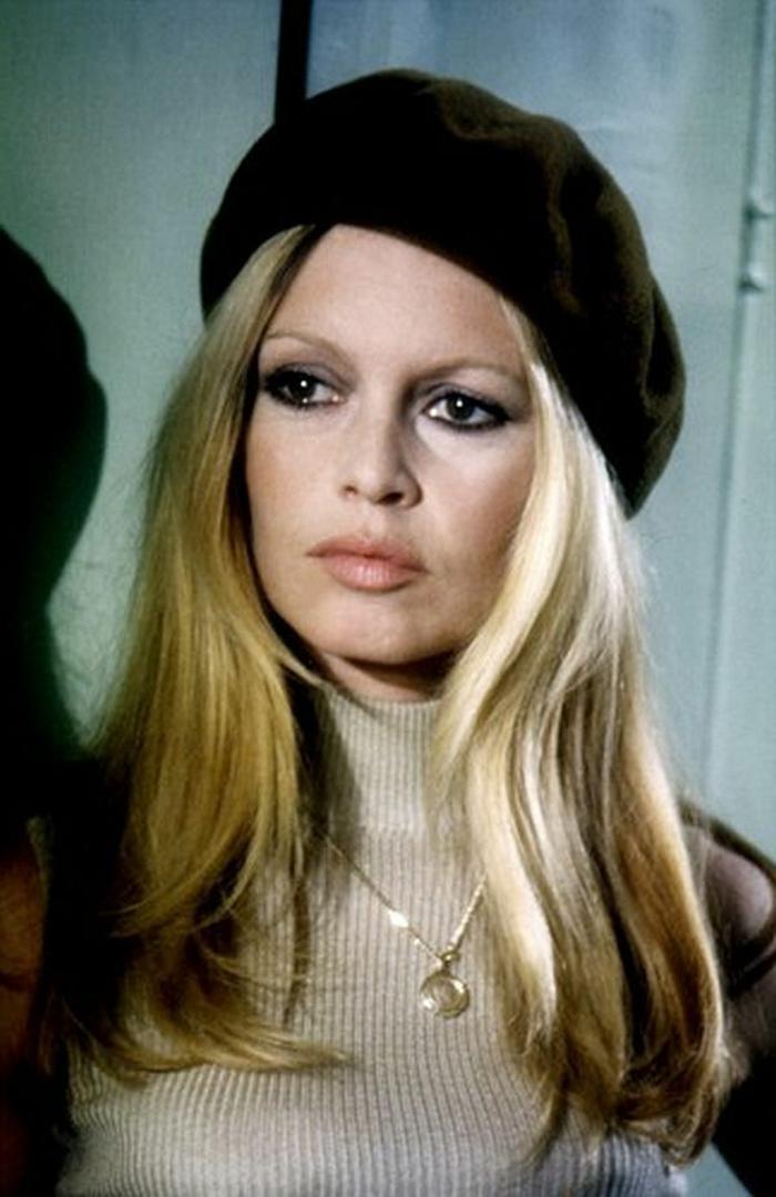 vintage-Modell-französische-Mütze-schwarz-retro-Foto-Brigitte-Bardot