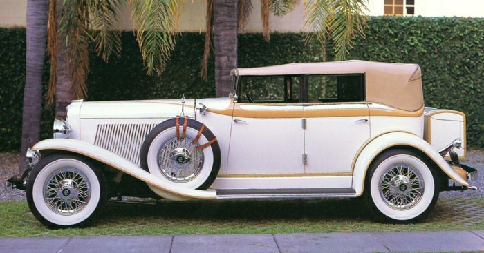 vintage-auto-1930 Auburn V-12 Custom 4-Phaeton-resized