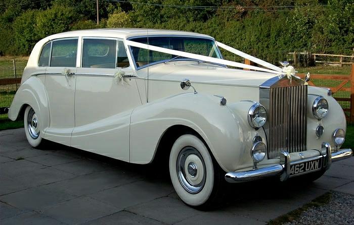 vintage-auto-1954-rolls-royce-hochzeitsauto-resized