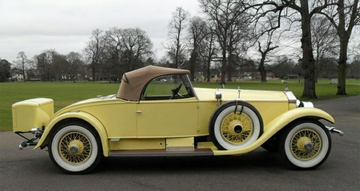 vintage-auto-gelb--resized
