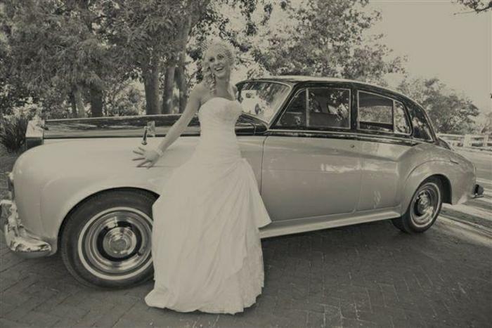 vintage-auto-hochzeit-schwarz-weiß-resized