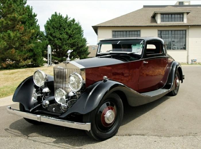 vintage-auto-rolls-royce-braun-schwarz-resized