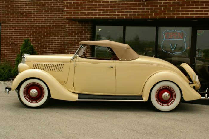 vintage-auto-rolls-royce-cremig--resized